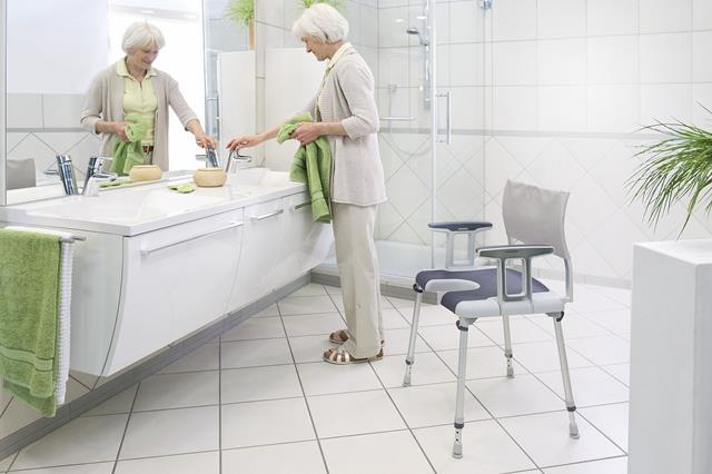 Accessori Bagno Per Anziani E Disabili.Maniglioni Sicurezza E Arredo Bagno Anziani